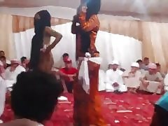 ヒジャーブ ダンス 1