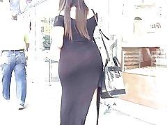 厚い pawg vpl 透明な黒のドレスで、街を歩く