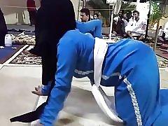 ヒジャーブ ダンス 2