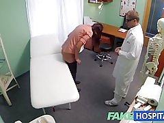 Fakehospital 短い髪湯たんぽに保険がないです。