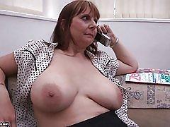Br1990 によって母巨乳