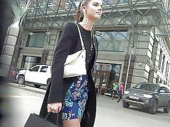ショート ドレス ストッキング アップ スカートのかわいい女の子