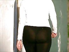スパンデックスを参照に率直な大きなお尻熟女